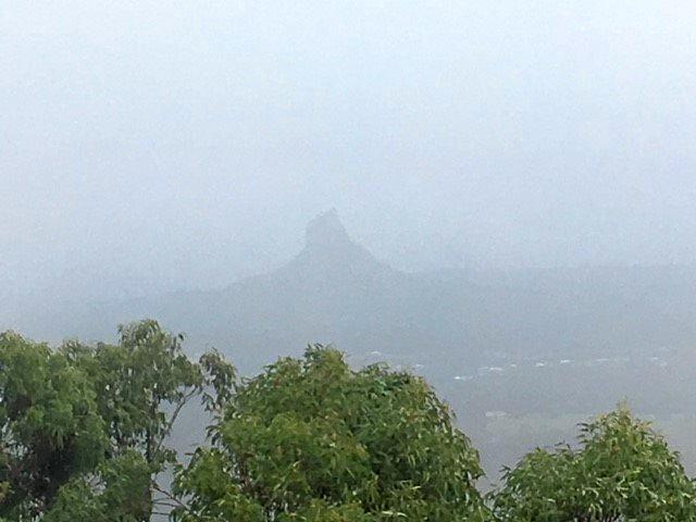 BOM issues strong wind warning