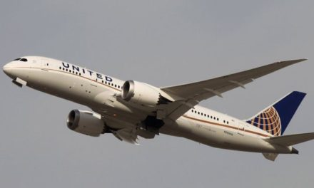 United Airlines flight lands safely after mayday call