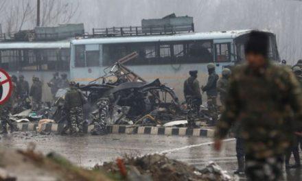 Kashmir attack: Bomb kills 40 Indian paramilitary police in convoy