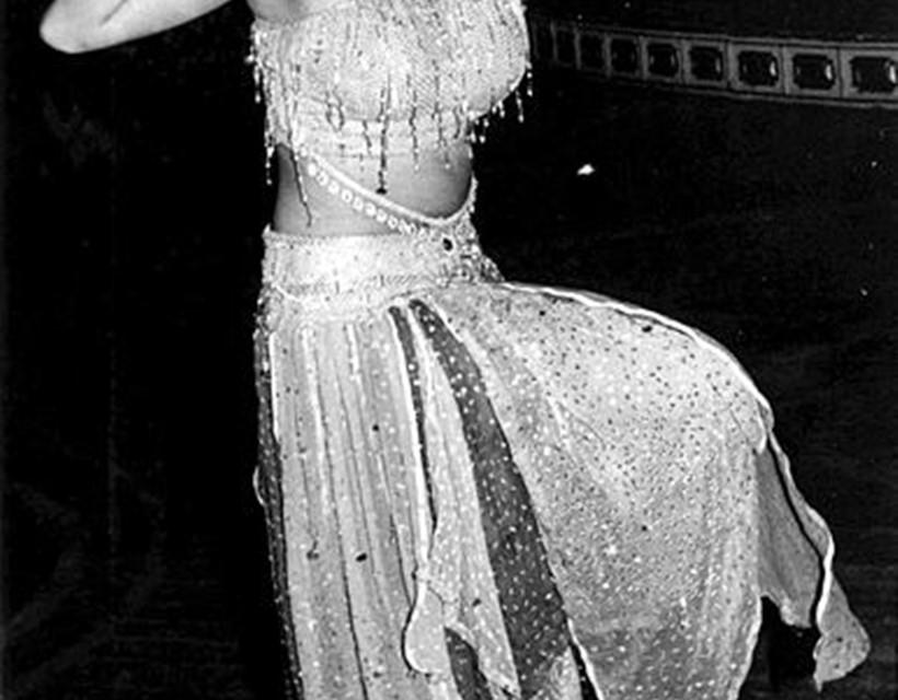 Madhuri Dixit Birthday: Rare Photos of the Dhak Dhak Girl