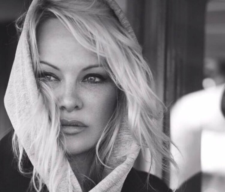 Pamela Anderson Writes To PM Modi To Promote Vegan Food