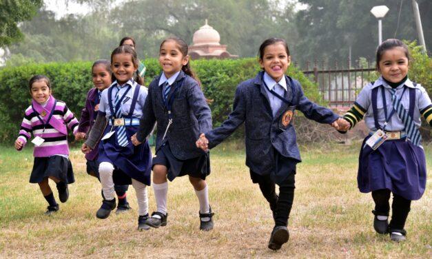 Pollution Woes: Delhi Schools Shut Till Nov 15 (Lead)