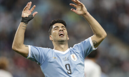 Suarez Wants To Move To MLS, Says Lodeiro