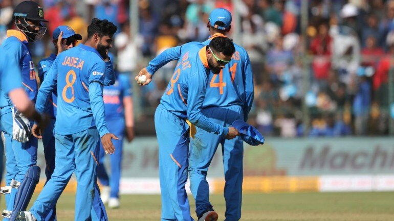 India Bullied Australia In Bengaluru: Shoaib Akhtar Praises Virat Kohli and Co. after ODI Series Win
