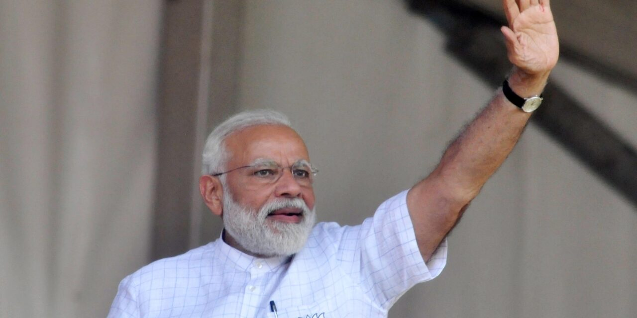 Modi Remembers His Guru Ahead Of His Bengal Visit