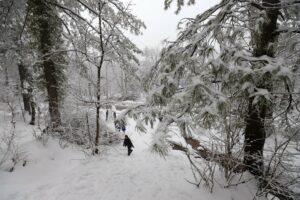 Pakistan-due-to-heavy-snow-rain-scaled