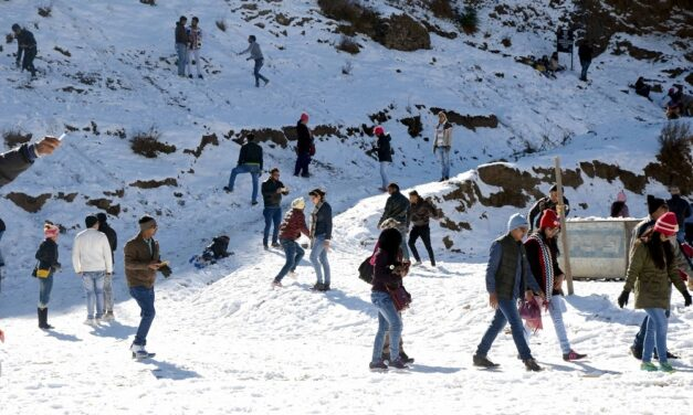 Himachal sunny, but in many places mercury stays below zero