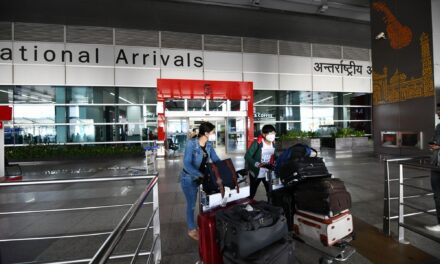 Govt suspends landing of all int'l flights from March 22
